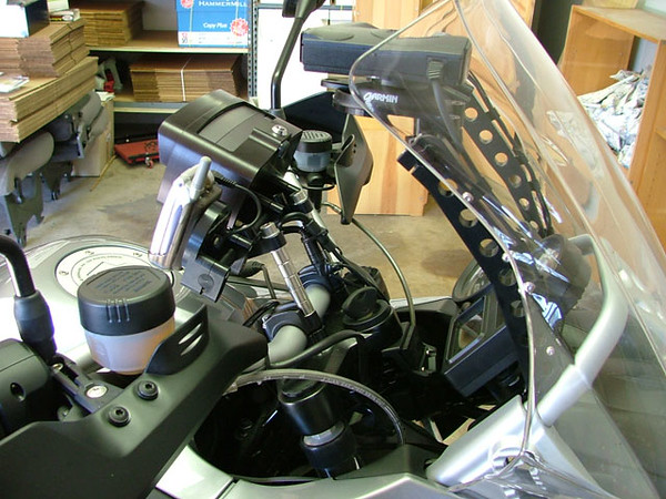 R1200GS_gps_mounts2.jpg