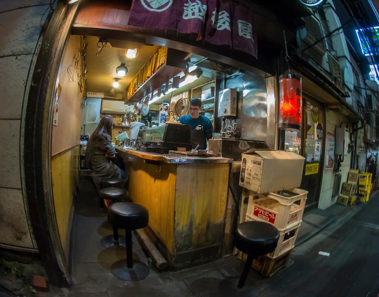 PissyAlleyRestaurantboxes and stoolsDSC_4997.jpg