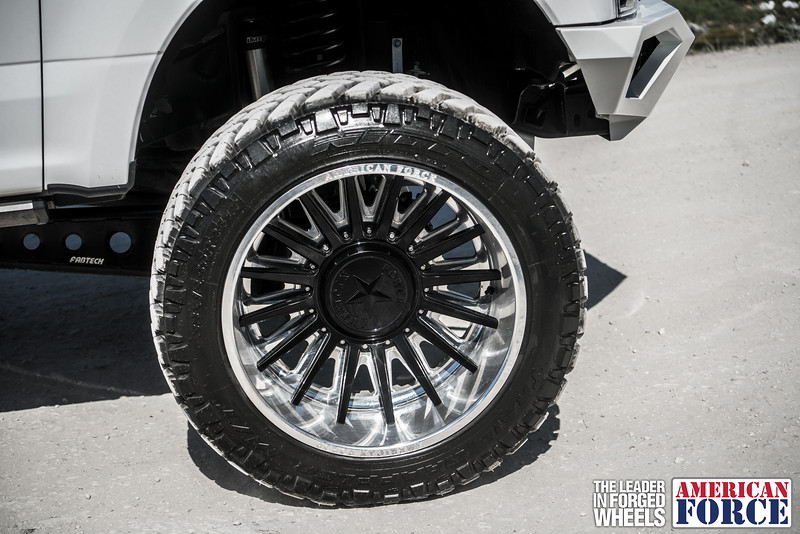 Champion4x4-Juan.S-White-2017-Ford-F250-Polish-Black-24x14-Tactical-Crown-WEB-180131-DSC00190-42.jpg