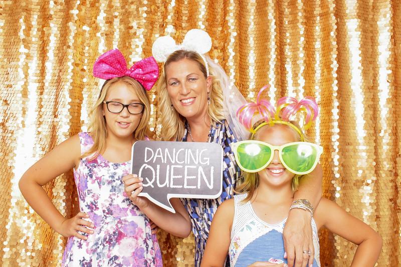 2015-08-29_OhSnapBoothCo_KatieJim-Wedding-Singles_0010.jpg