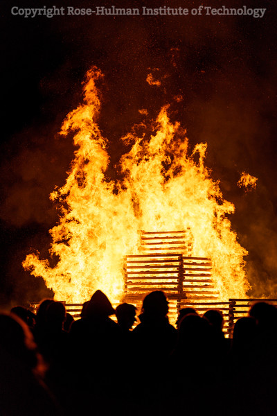 RHIT_Homecoming_2019_Bonfire-7589.jpg
