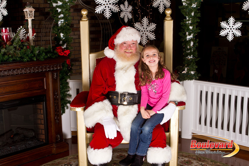 Santa Dec 15-43.jpg