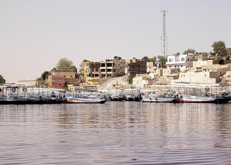 Aswan New Port ved Lake Nasser ----------------------------------------- Aswan New Port, Lake Nasser (Foto: Ståle)