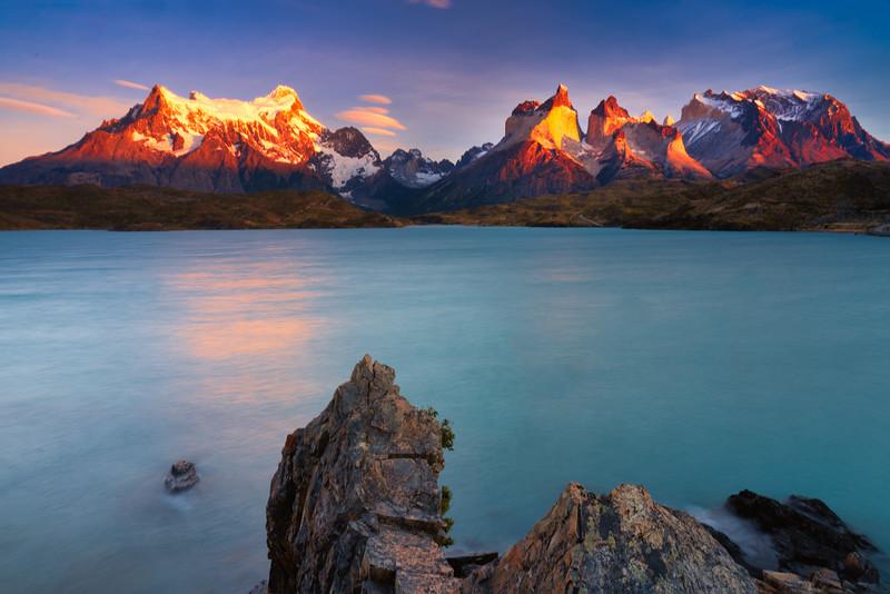 Sunrise on Peaks Over Lago Pehoe