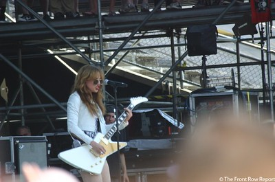 Halestorm @ Rock on the Range 2012