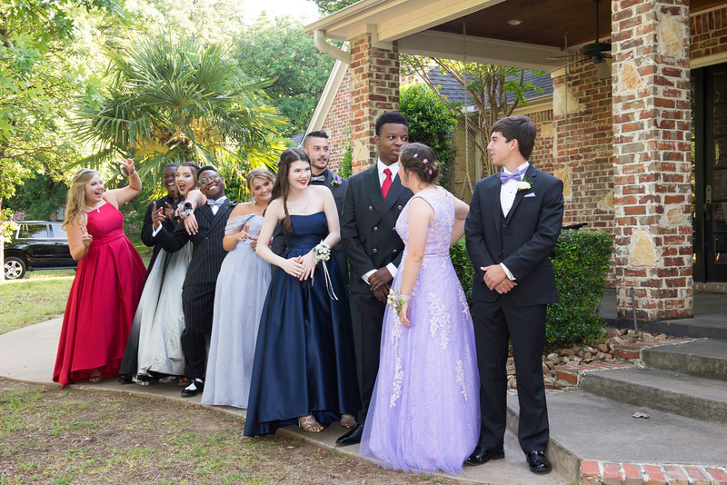 2019-04-27 Legacy Prom Pictures 039.jpg