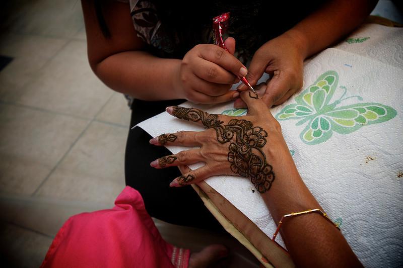 Rahim-Mehndi-2012-06-00343.jpg