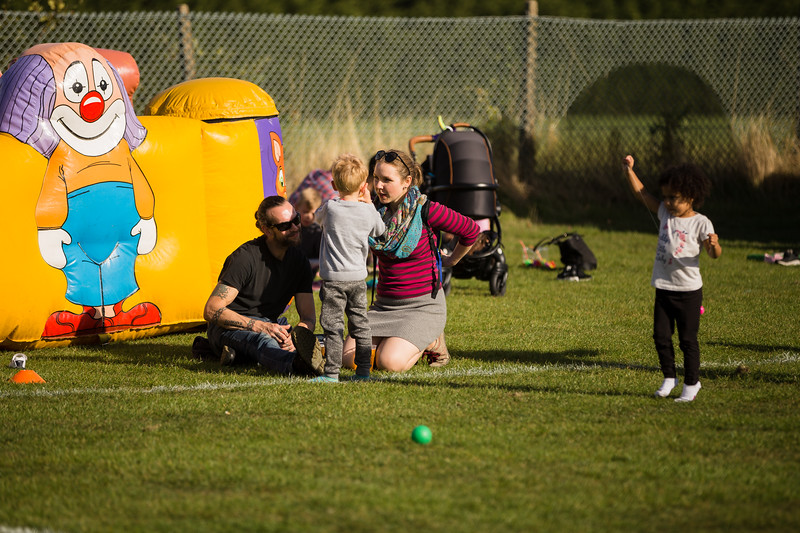 bensavellphotography_lloyds_clinical_homecare_family_fun_day_event_photography (367 of 405).jpg