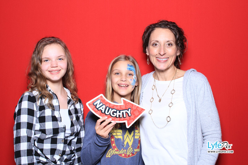 eastern-2018-holiday-party-sterling-virginia-photo-booth-0225.jpg