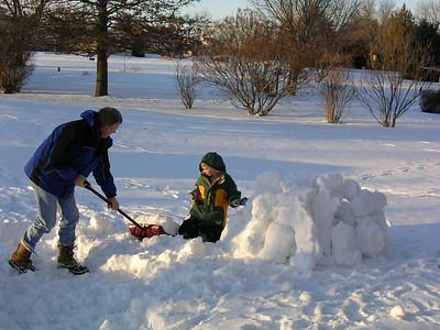 Conrad Makes Snow Sculptures 3-07-2007
