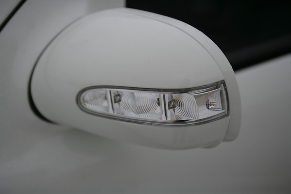 08 Mercedes Benz ML350