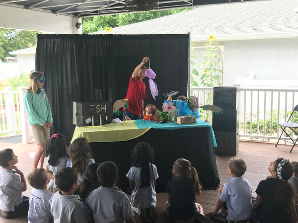 MD Drama Performs a Puppet Show for SK 2018
