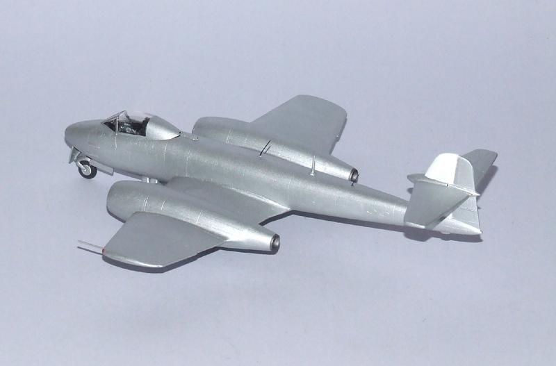 Meteor F.8 A1, 08s.jpg