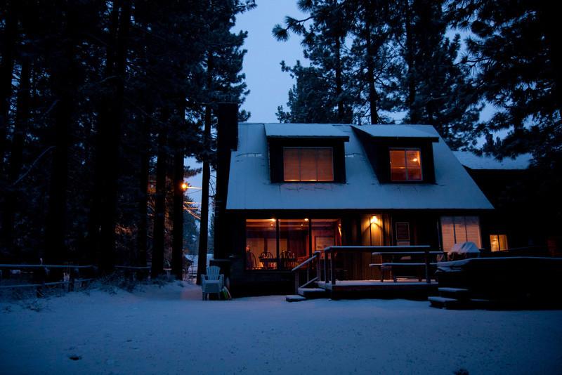 20120121_IMG_9872_Tahoe-Cabin-Snow-Austin-Camuntitled.JPG