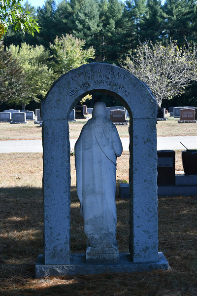 St-Joseph-Cemetery-Oct2019-73.jpg