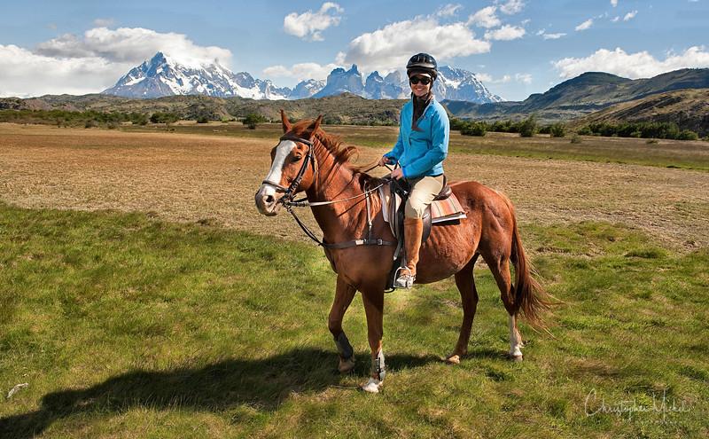 091214_torres_del_paine_riding_5476.jpg