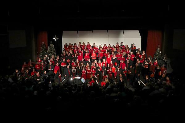 2017-12-02 Selah Singers