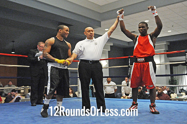 Bout #2  Lavelle Hadley (South Side Boxing Club) vs Joaquin Labron (Columbus)