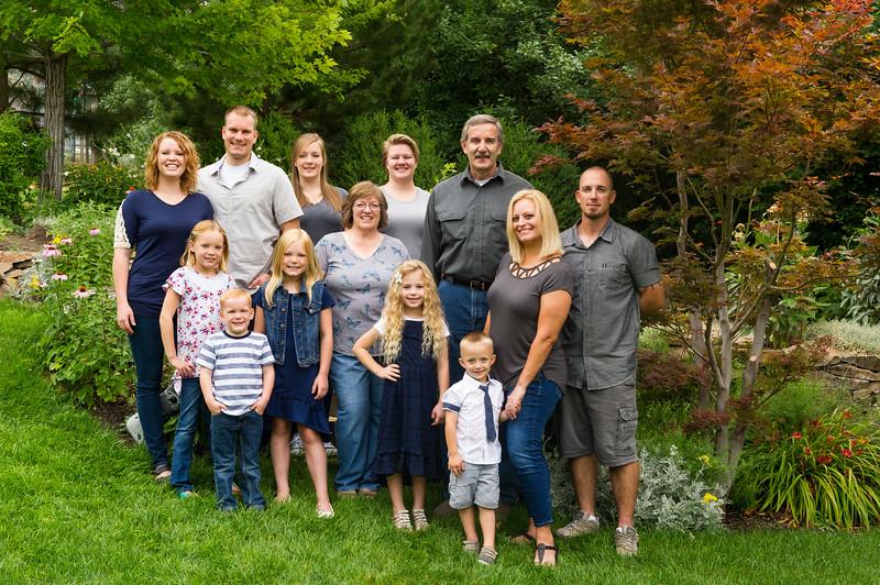 AG_2018_07_Bertele Family Portraits__D3S3760-2.jpg
