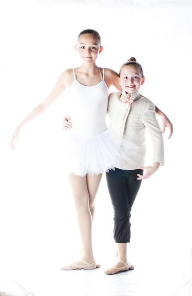 8 Twinsburg Sisters Emma & Elisa Unangst both dance at Pulse Studio Weber2015.jpg