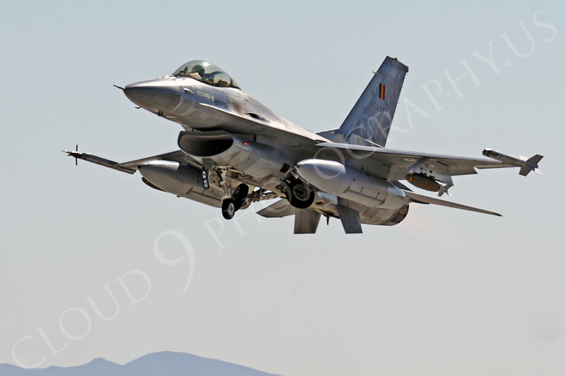 F-16Forg 00302 Lockheed Martin F-16 Fighting Falcon Belgium Air Force FA-83 by Tim Wagenknecht.JPG