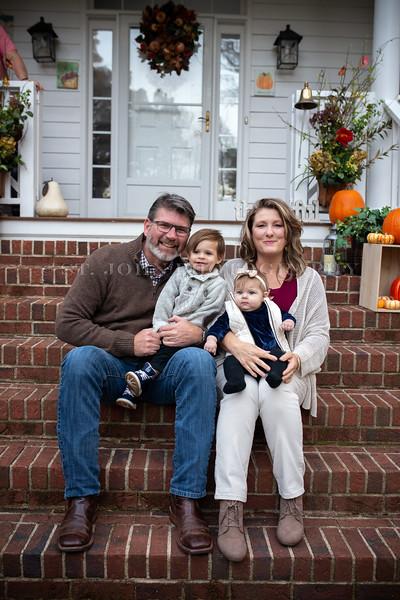 2019 November Ellis Family-104-226.jpg