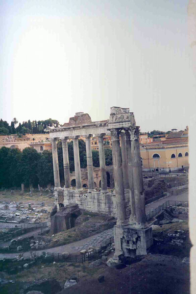 Roman Forum 2.jpg