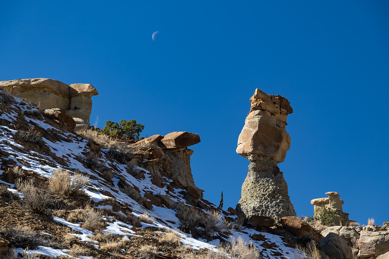 Hoodoo, Snow and the Moon