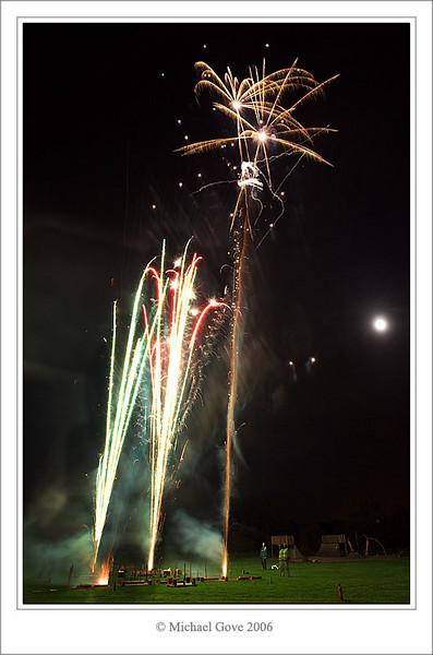 Grounded fireworks light up the grass (69760868).jpg