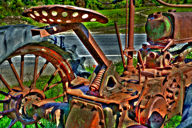 Rusty Antique John Deere Tractor   #783