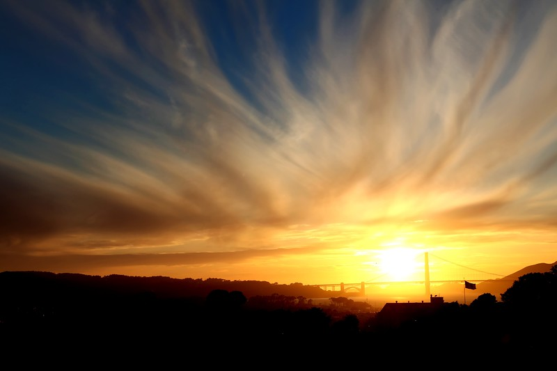 Cool sunset in SF april 2009.jpg