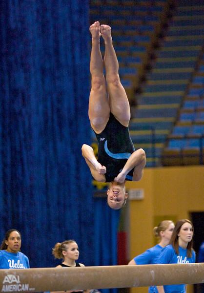2005.01.23 - NCAA Women's Gymnastics - Oregon and Oregon St. @ UCLA