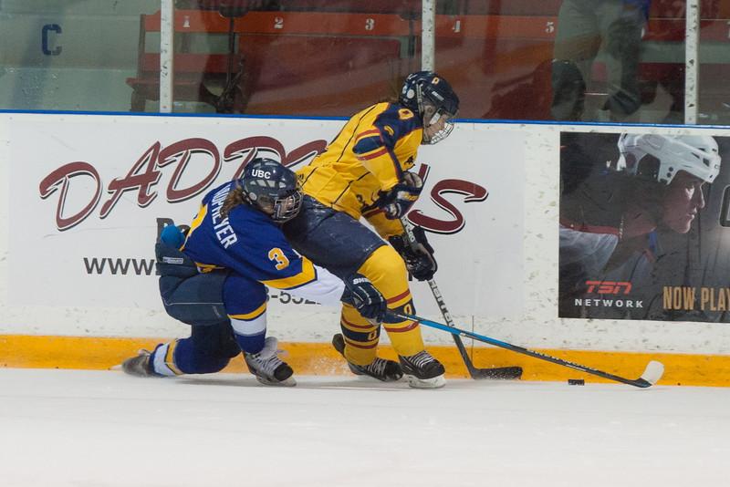 20130310 QWHockeyvsUBC 470.jpg