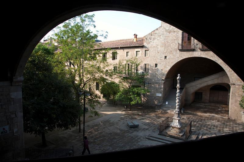 Hospital de la Santa Creu (Saint Cross Hospital, 15th century), now Library of Catalonia, town of Barcelona, autonomous commnunity of Catalonia, northeastern Spain