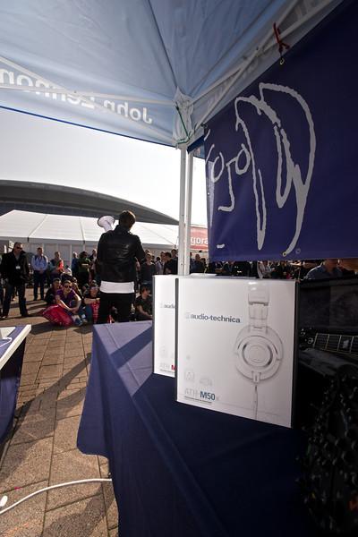 2014_03_date, Frankfurt, Germany, Messe, Frankfurt, MusikMesse, Raffle, Audio-Technica, Tent, Matt, eu.lb.org