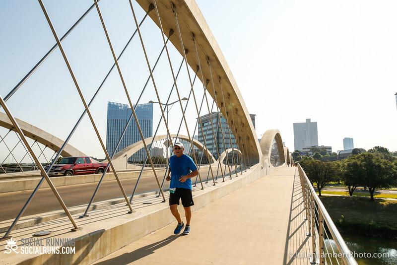 Fort Worth-Social Running_917-0375.jpg