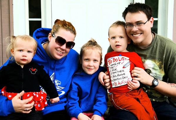 The Hobman Family: Chrissy, Jason, Mack, JJ and Dakota