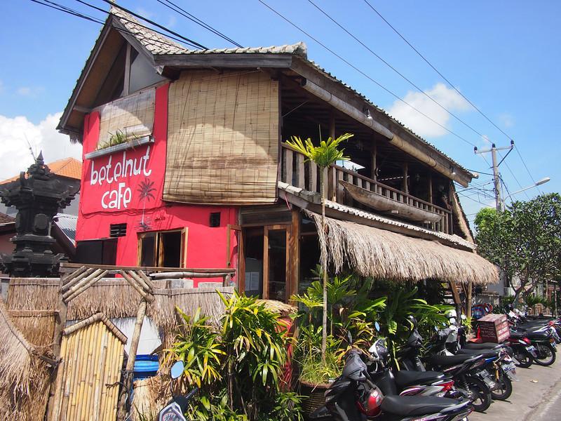 P5138003-betelnut-cafe.JPG