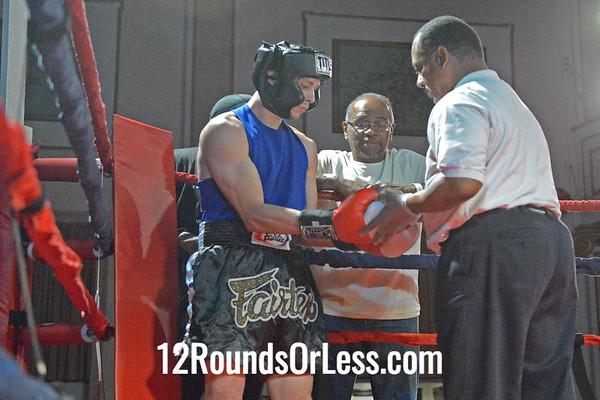 Bout #3  Ryan Arce, Evolve MMA, Akron, OH  vs  Ronald Giles, E.B. Turner Rec., Cleveland, OH  145 Lbs. - Novice