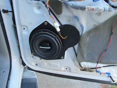 2002 Toyota Sequoia Front Door Speaker Installation - USA