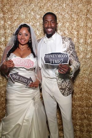 Soto Moore Wedding Mirror Booth
