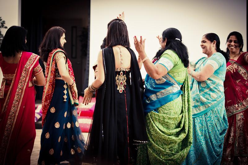 Rachna_Roshan_Sangeet-233.jpg