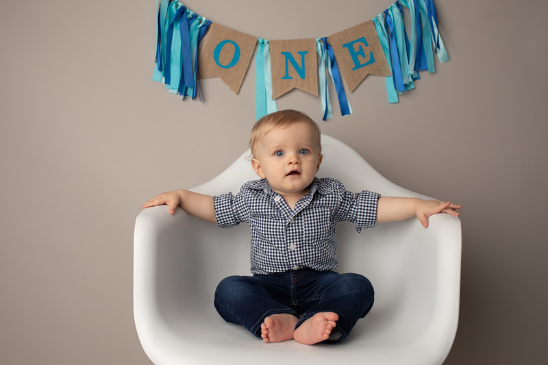 Asher is ONE-13.jpg