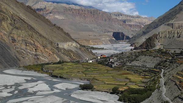 Biking Annapurna