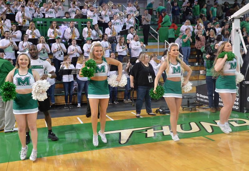 cheerleaders2651.jpg