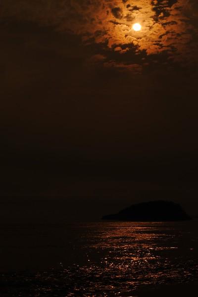 Deception Pass Sun over Island.JPG