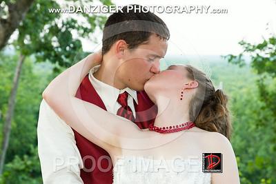 Ashleigh and Ryan Laws wedding 2012