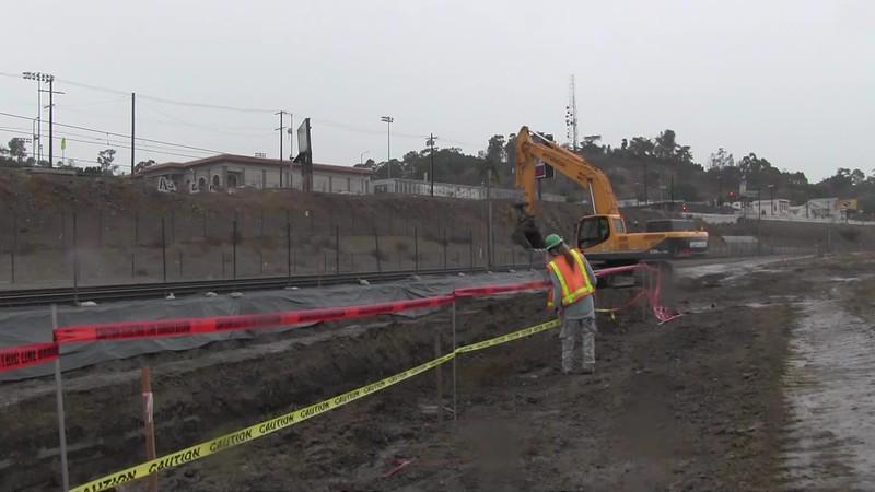 2014-12-02_Park-Construction-Bucky_05.mov