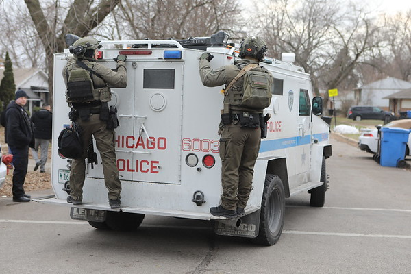 Chicago Police And Swat