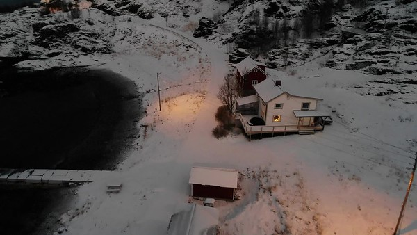 Images from folder 04 drone house Segvlik